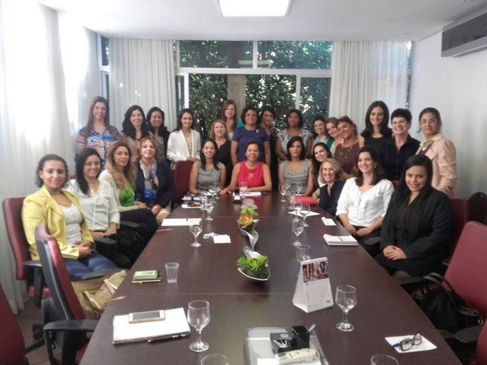 Reunião de Comissão da Mulher