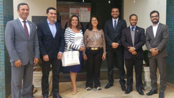 OAB Contagem discute parceria CMI/SECOVI