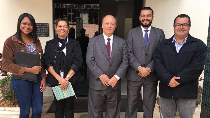 Presidente Sanders Alves recebe visita do Dr. Arthur Bernardes Lopes Juiz Coordenador do JESP Contagem