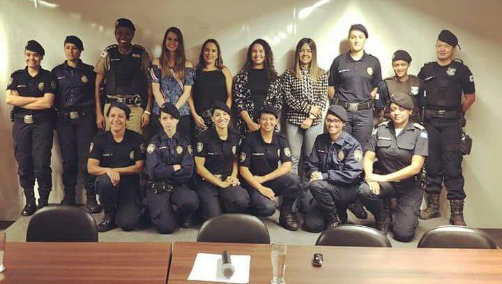 Palestra sobre violência doméstica para agentes da Guarda Municipal