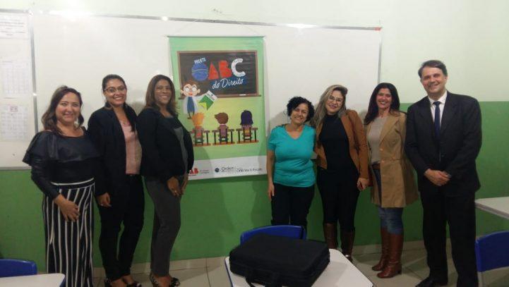 OAB Contagem visita Escola Municipal Estudante Leonardo Sadra
