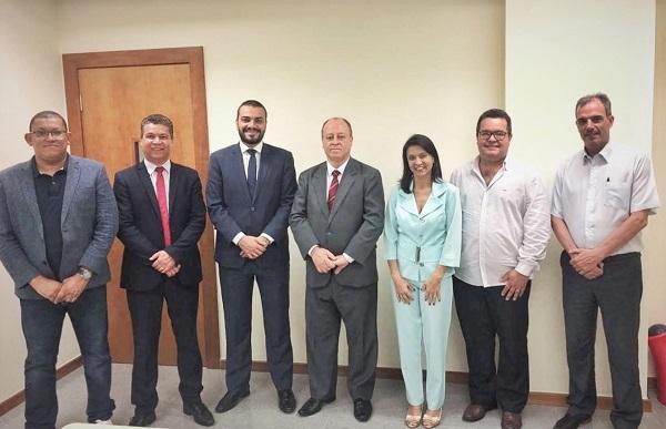 OAB Contagem se reúne com o novo Juiz Diretor do Foro
